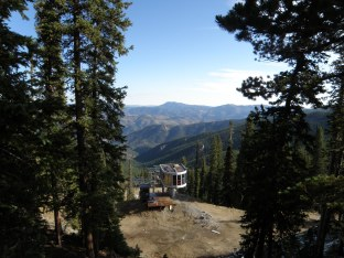 Looking down Echo Mountain Ski Area, before crossing the street to the trailhead.