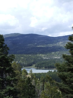 a look at Monte Verde Lake from the trail